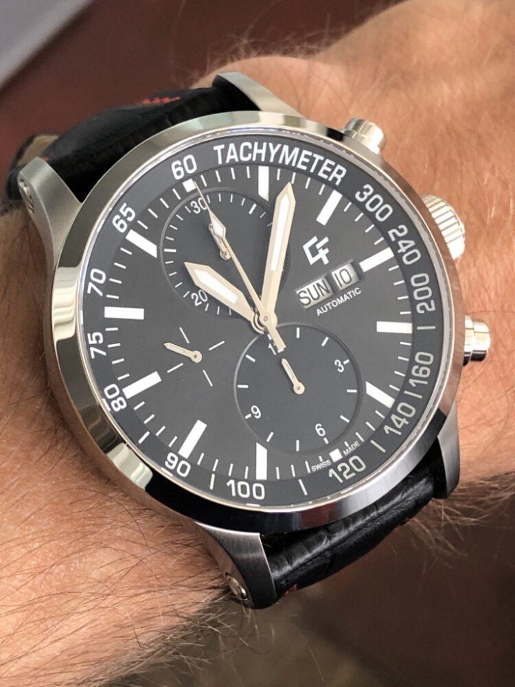 cf-chronograph-am-handgelenk